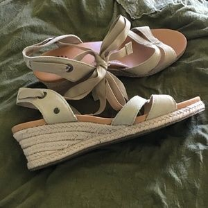 Ugg Lace Up Sandals 1008823 Size 7.5